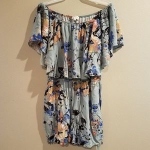 Women's Umgee floral romper outfit size large
